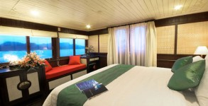 Bhaya Classic Cruise Royal Suite