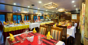 Grayline Cruise Restaurant